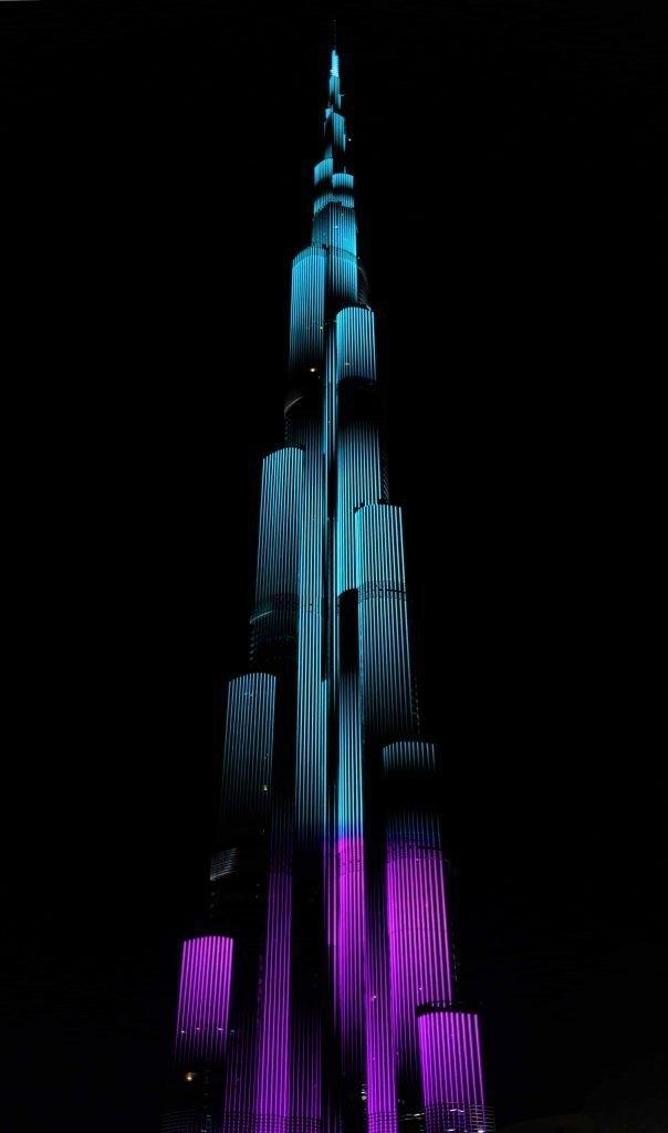 Dubai Burj Khalifa Lit up Spectacularly at Night in UAE